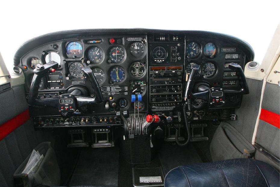 instrutor-de-voo